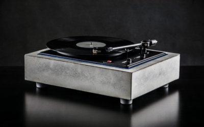 Betonový Gramofon od SMIKA Design, první krůčky unikátního skvostu do celého širého světa