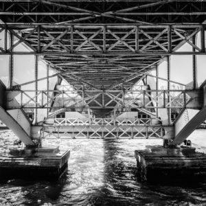 Bridge on Seine river 40x50cm Obraz-fotogarfie v rámu autor je pražský fotogarf Jakub Morávek